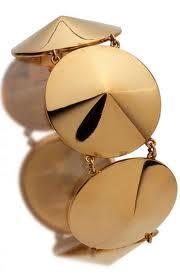 Le collane erano spesso decorate con pendenti o clips staccabili. Gli anni  Trenta 5eb07912cbbc